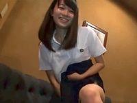 めっちゃ笑顔で自分からアレを騎乗位挿入する淫乱ビッチな女子校生がエロすぎる件 ShareVideos 素人JK女子校生の無料エロ動画