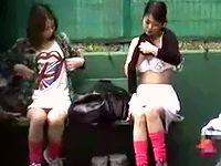 女子校生テニス部員の生着替えを望遠レンズでマジ盗撮!ジューシーな青春の汗を拭きながらオッパイポロリも気にしない無防備さ ShareVideos 素人JK女子校生の無料アダルト動画