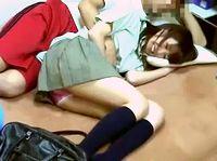 素人女子校生のリアルな性事情を隠し撮り!関西弁の口達者なナンパ男に連れ込まれてフェラとオメコをマジ盗撮 ShareVideos 素人JK女子校生の無料アダルト動画