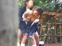ヤリマンビッチな黒ギャル巨乳女子校生が彼氏と野外セックスしてるのを見つけたので盗撮 ShareVideos 素人JK女子校生の無料エロ動画