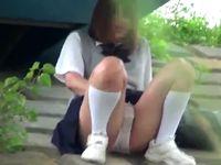 家では落ち着いてオナニーできないから下校途中に野外でヤッちゃう素人女子校生の赤裸々な自慰シーンを盗撮 ShareVideos 素人JK女子校生の無料エロ動画