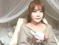 こんなにも美少女で色白な素人JDが惜しげもなくプライベートな美乳オッパイをみせてもらえるネット社会バンザイ! Pornhub 素人JD 女子大生の無料エロ動画