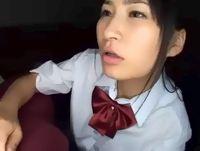 国民的アイドル系の黒髪ポニテ女子校生のフェラ抜き顔射が艶やかで色っぽい 裏アゲサゲ 素人JK女子校生の無料エロ動画