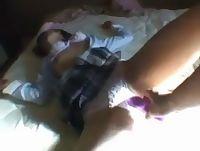 幼児体型なヒンヌー女子校生を制服着衣のままお股をバイブ責めして昇天させる場面を個人撮影 erovideo 素人JK女子校生の無料エロ動画