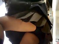 パンチラ隠し撮りからスカートの中身のブルマまで登下校中の素人女子校生たちを下から盗撮 ShareVideos 素人JK女子校生の無料エロ動画
