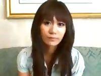 繁華街で白昼堂々ナンパしてGETした素人女子大生をホテルに連れ込んで目の前で強引にセンズリ鑑賞させちゃう erovideo 素人JD 女子大生の無料エロ動画