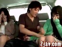 エッチなことは嫌いじゃない素人女子大生がナンパ男に車の中でイタズラされてラブホに連れ込まれて本番セックス ShareVideos 素人JD 女子大生の無料エロ動画
