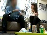 友達の妹をヤリ目で連れ込んでイチャイチャしながらエッチに持ち込むイケナイ軟派男 Pornhub 素人JD 女子大生の無料エロ動画