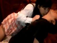 見た目は清楚系なのに中年援交オヤジの顔まで舐めてくれるリップ魔な黒髪女子校生がネットリ濃厚なフェラで抜いてゴックン erovideo 素人JK女子校生の無料エロ動画