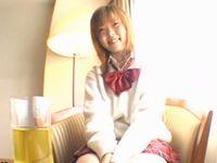 オッパイがとても綺麗なギャル女子校生と真っ昼間から明るいラブホの一室で援交ハメ撮りセックス XVIDEOS 素人JK女子校生の無料エロ動画