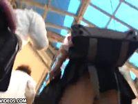 ミニスカ女子高生のパンチラ撮りまくり盗撮動画!ビッチ系ギャルJKの勝負パンツは黒でした XVIDEOS 素人JK女子校生の無料アダルト動画