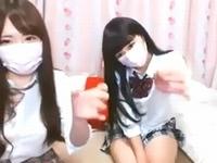 ライブチャットで女子高生が疑似手コキで男性視聴者たちのオナニーお手伝いしちゃう ShareVideos 素人JK女子校生の無料エロ動画