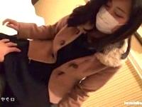 脱いだらグラマラスな美巨乳シロウト女子大生が顔だけマスクで隠して初めてのハメ撮りセックスに興奮してイキっぱなし ShareVideos 素人JD 女子大生の無料エロ動画