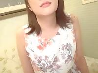 ハタチの可愛らしい色白女子大生がしゃぶったチンコを挿入されて自ら積極的に腰を振りまくっちゃうエッチ FC2 素人JD 女子大生の無料エロ動画