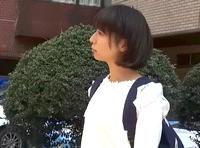 見た目が幼い私服の女子校生を街角でキャッチして自宅に連れ込みパイパンまんこにぶち込みハメ撮り Pornhub 素人JK女子校生の無料アダルト動画