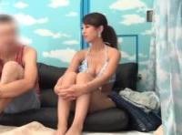 海でナンパ待ちしてた恋人募集中のプロポーション抜群な女子大生お姉さんがマジックミラー号で会ったばかりの素人男性と成り行きセックス ShareVideos 素人JD 女子大生の無料アダルト動画