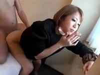 着衣で3Pガン突きされちゃう素人ヤンキー娘が女子校生のくせにタバコを吸いながらハメまくりのイケナイSEX ShareVideos 素人JK女子校生の無料アダルト動画
